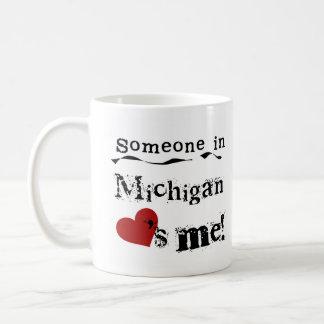Taza De Café Alguien en Michigan me ama