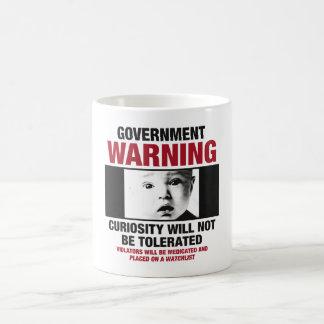 Taza de café amonestadora del gobierno