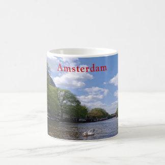 Taza De Café Amsterdam. Canal. Cisne