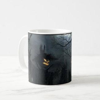 Taza De Café Asustadizo fantasmagórico del espantapájaros de