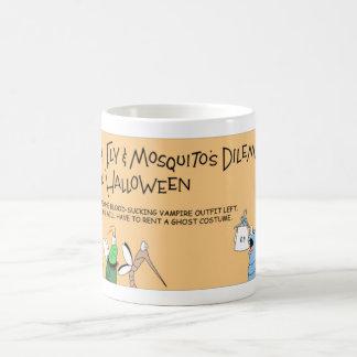 Taza De Café Aventura de Halloween de la pulga, de la mosca y