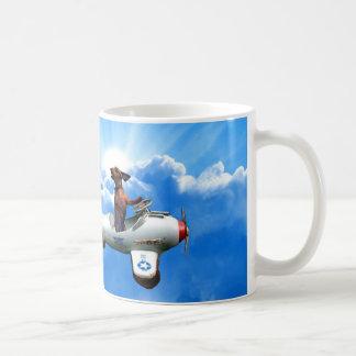 "Taza De Café ""Aviador del Dachshund"" diseñado por Zermeno"