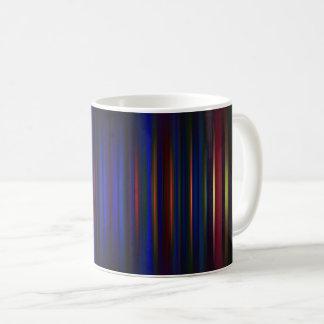Taza De Café Azul y modelo borroso rojo de las rayas
