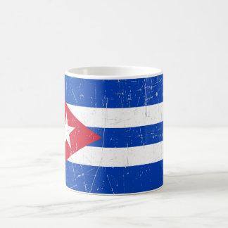 Taza De Café Bandera cubana rascada y rasguñada