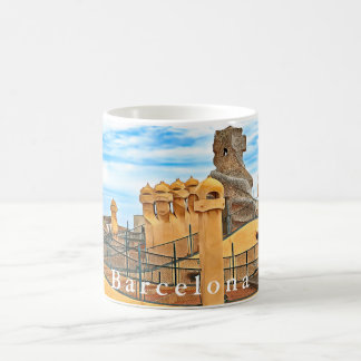 Taza De Café Barcelona. Gaudí. Casas Milà. Vista del tejado