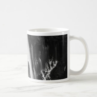 Taza De Café Caídas suaves y lisas de Burney