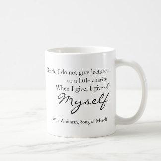 Taza De Café Canción de la cita de Walt Whitman de mí mismo