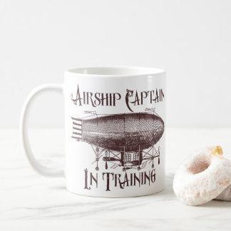 Taza De Café Capitán del dirigible en el entrenamiento,