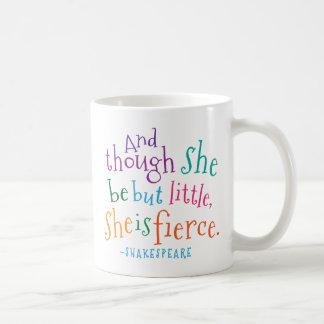 Taza De Café Cita de Shakespeare ella es feroz