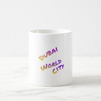 Taza De Café Ciudad del mundo de Dubai, arte colorido del texto