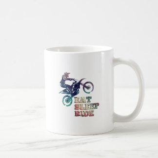 Taza De Café Coma la bici de la suciedad del paseo del sueño