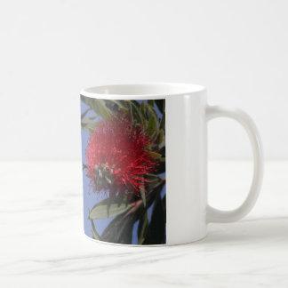 taza de café con el colibrí