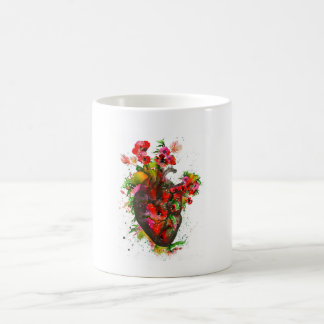 Taza De Café Corazón anatómico con las flores, corazón floral