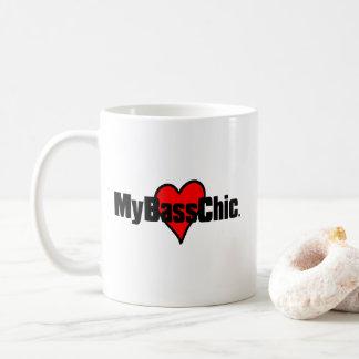 Taza De Café Corazón carmesí de MyBassChic (TM)