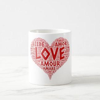 Taza De Café Corazón ilustrado con palabra del amor