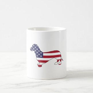 "Taza De Café Dachshund ""bandera americana """