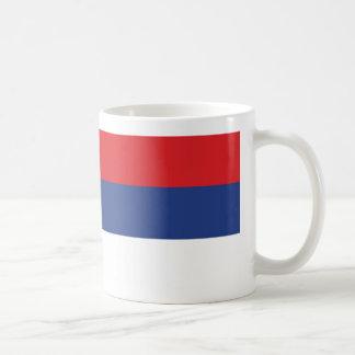 Taza de café de la bandera de Serbia