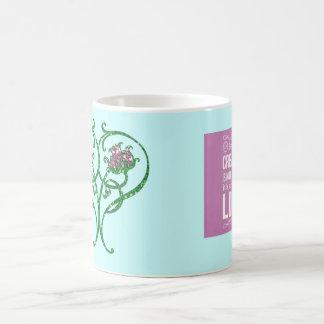 Taza de café de la cita del arte