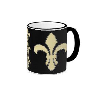 Taza de café de la flor de lis