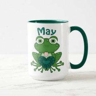 Taza de café de la rana de mayo Birthstone