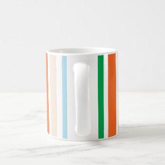 Taza de café de la raya de la MOD