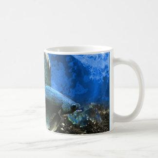 Taza de café de los pescados de Betta