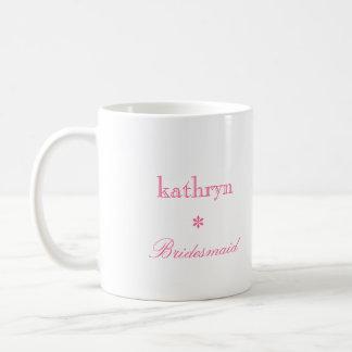 Taza de café de muy buen gusto de la dama de honor