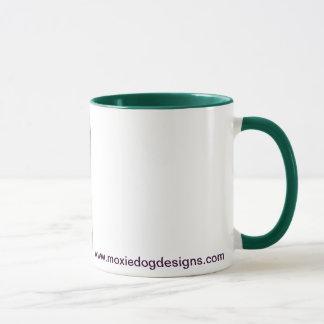 Taza de café del alcohol de la caída