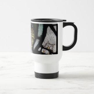 Taza de café del ángel del vitral