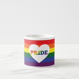 Taza de café del arco iris del orgullo LGBT