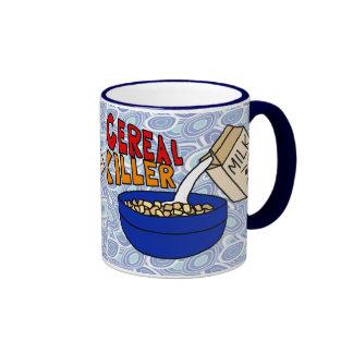 Taza de café del asesino del cereal, cartón enojad