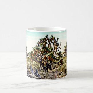 Taza de café del bosque de la yuca