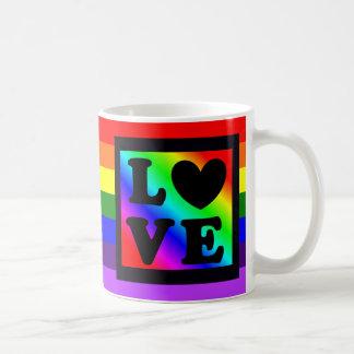 Taza de café del botón del amor del corazón del
