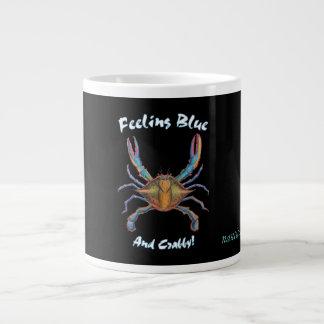 taza de café del cangrejo azul