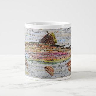 Taza de café del collage de la trucha arco iris de