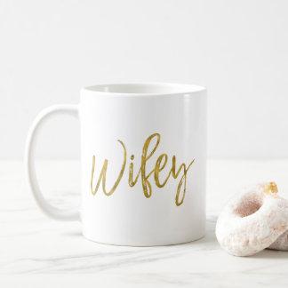 Taza de café del cumpleaños de la hoja de oro de