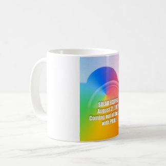 Taza de café del eclipse solar 8-21-17 del orgullo