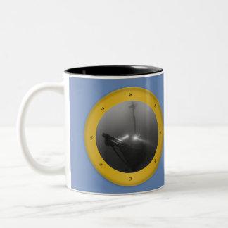 Taza de café del error tipográfico del Schooner