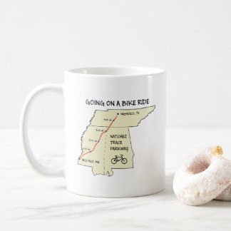 Taza de café del mapa de ruta del rastro de