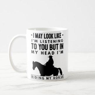 Taza de café del montar a caballo - en mi cabeza