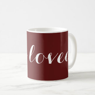 "Taza de café del regalo del amor ""me aman """