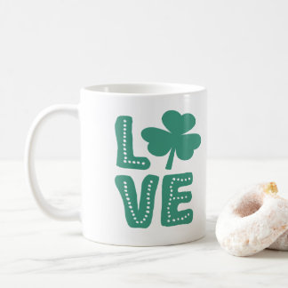 Taza De Café Día irlandés del St Patricks del amor del trébol
