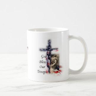 Taza De Café Dios bendice nuestro ángel de la cruz de la