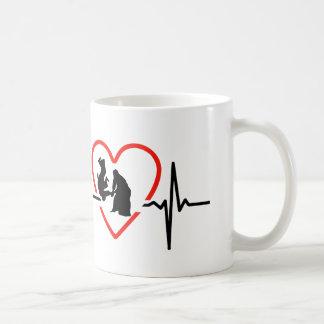 Taza De Café Diseño del golpe de corazón del Aikido