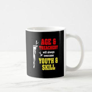 Taza De Café Edad y traición