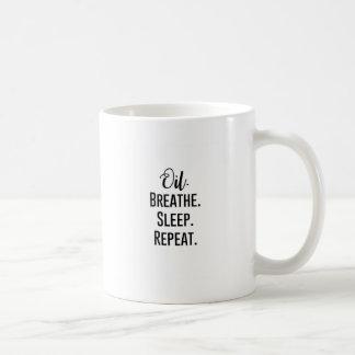 Taza De Café el aceite respira la repetición del sueño -