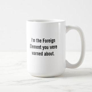 Taza De Café El elemento extranjero comienza el proceso del