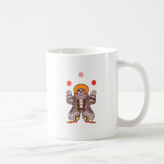 Taza De Café El hacer juegos malabares del payaso