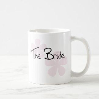 Taza De Café El pastel rosado florece a la novia
