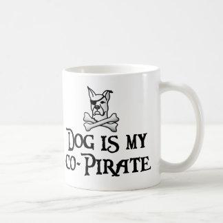 Taza De Café El perro es mi co-pirata